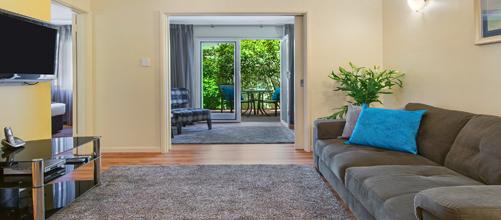 Peninsula | Perth Hotels | Perth Serviced Apartments ...